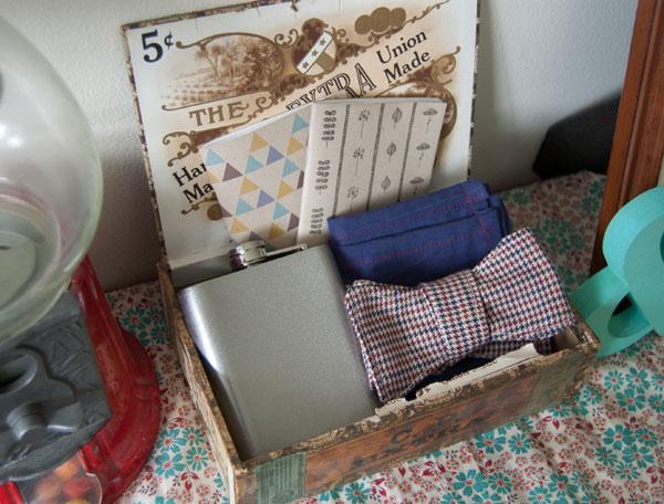 Cigar box hold