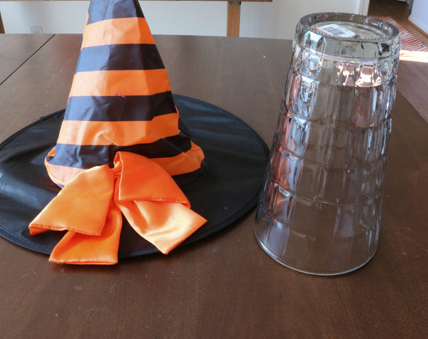 goodwill halloween cupcake stand - Halloween Cupcake Holder