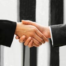 handshake-300