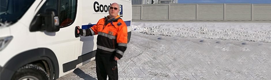 940 x 280 homem neve